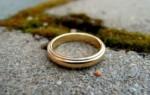К чему найти кольцо – народные приметы, возможные значения находки