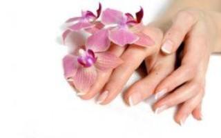 Значение родинки на большом пальце левой и правой руки для мужчин и женщин